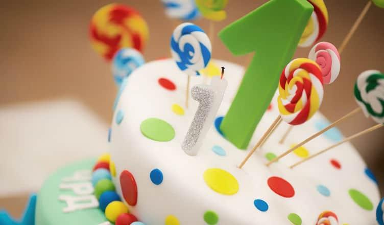 tort dla dziecka - pierwsze urodziny