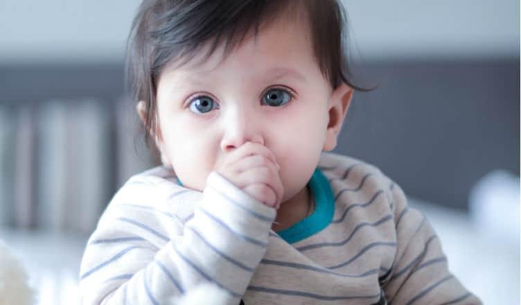 Od kiedy dziecko zaczyna gaworzyć?