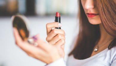 makijaż u nastolatki czy pozwolić córce się malować
